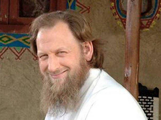 'Masa Tuhan Bisa Mati?' dan Akhirnya Anthony pun Masuk Islam