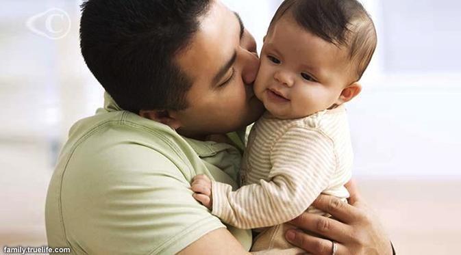 anak yang sering dipeluk ayah akan