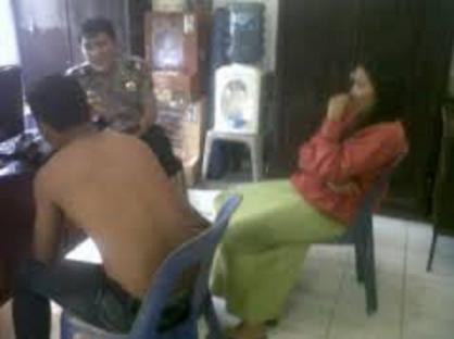 Suami Dayung Becak Buat Cari Makan, Istri Malah 'Didayung' Tetangga